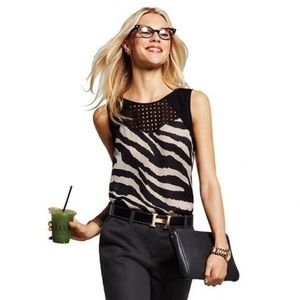 CAbi Tivoli Sleeveless Blouse Top Animal Print